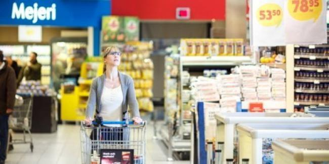 eyetracking-in-supermarkt-tobii-glasses-2.jpg